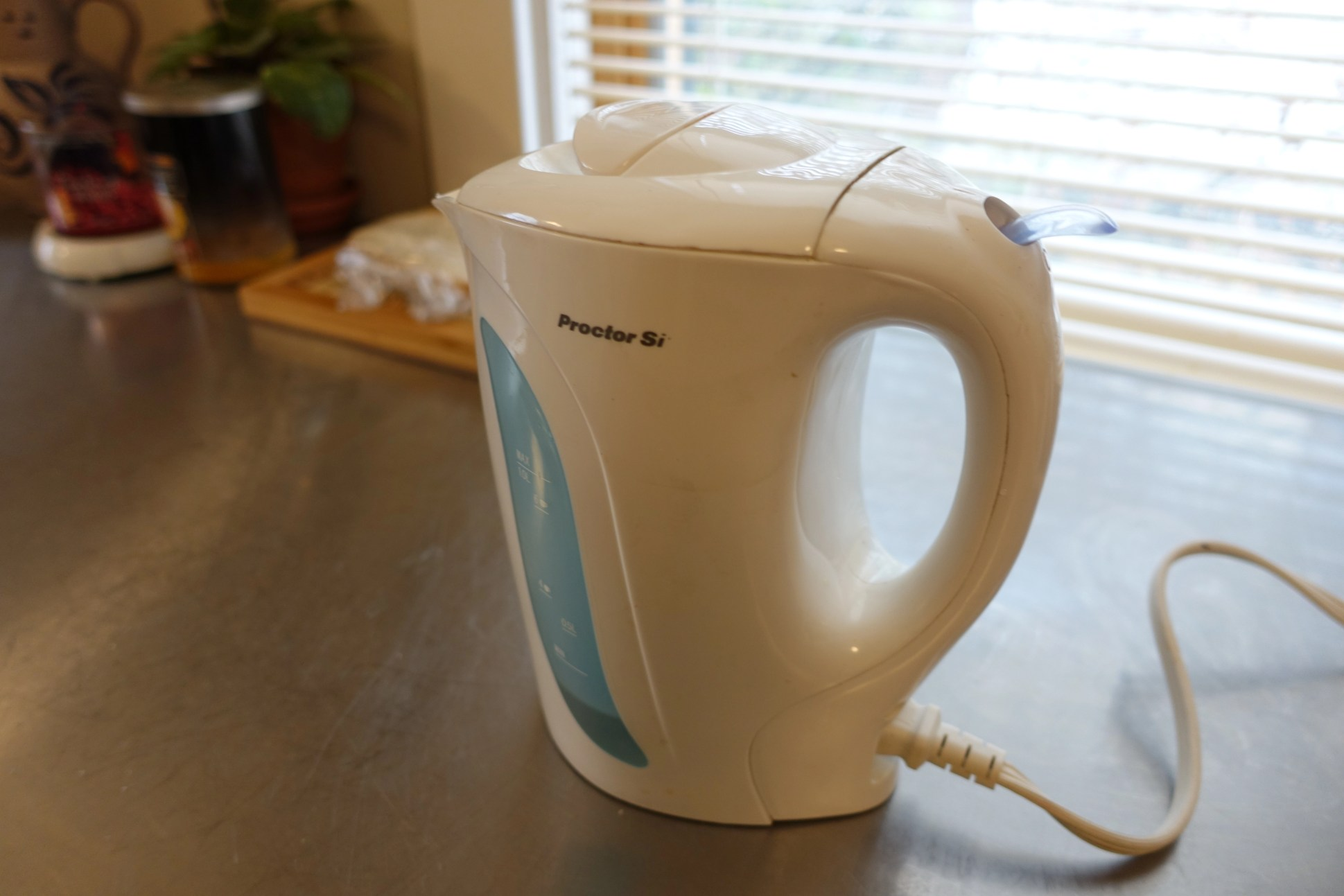 Proctor-Silex 1L electric kettle