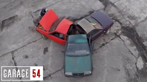 Some Russians made a 'fidget spinner' out of beater cars
