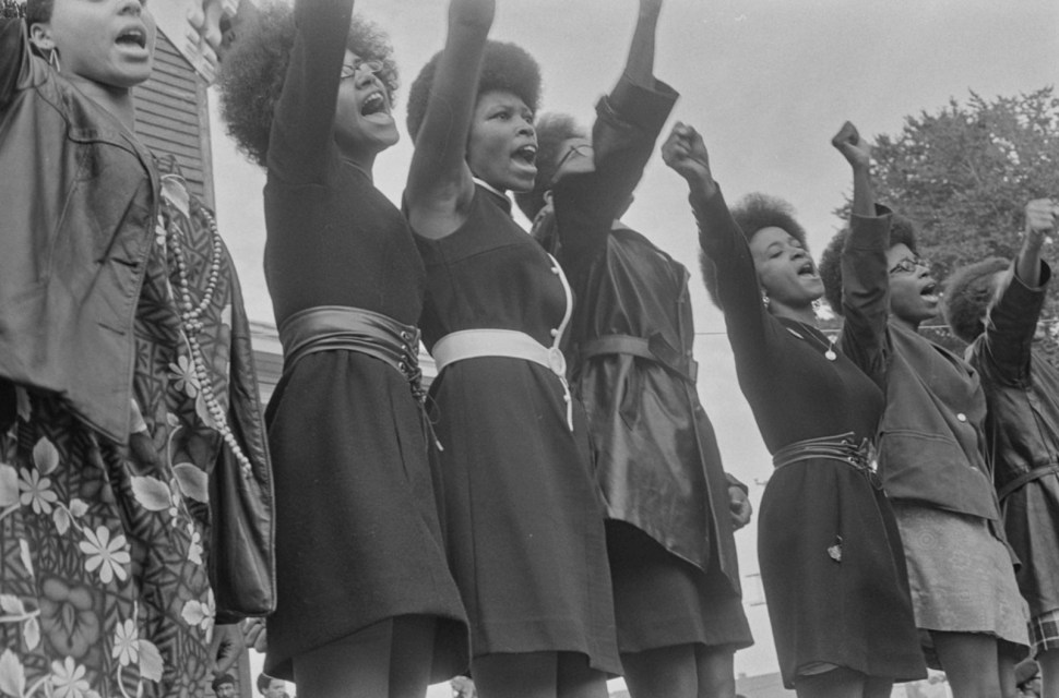Striking photo essay about Oakland s Black Panther Party (1968)