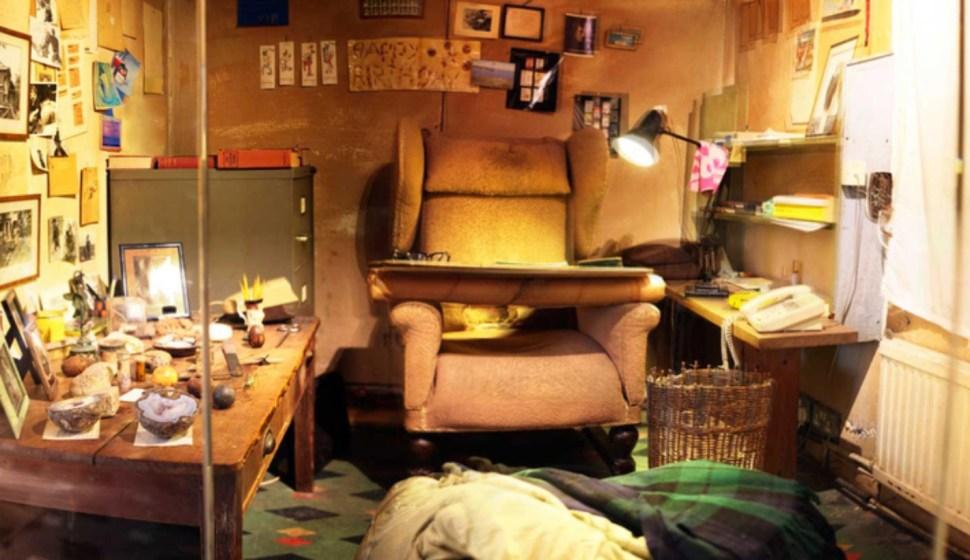"""Inside Roald Dahl's backyard writing """"hut"""" / Boing Boing"""