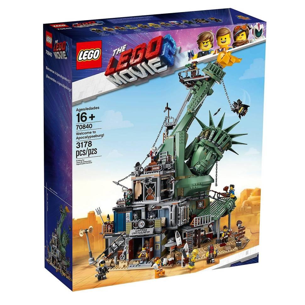 The Lego Apocalypseburg Set: YOU MANIACS! YOU BLEW IT UP!