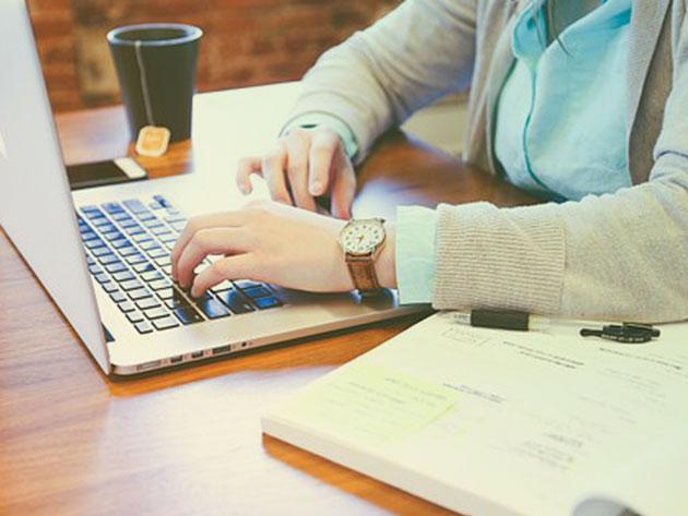 Kickstart your copywriting career with this master class training bundle