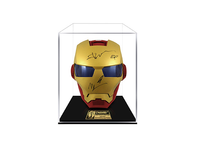 Save up to 40% on these signed Marvel and Star Wars collectibles