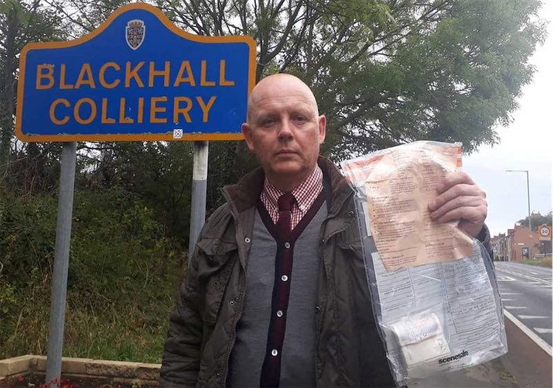 Strange rolls of cash randomly appearing on walkways in small English village thumbnail
