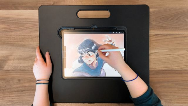 iPad stand for digital artists