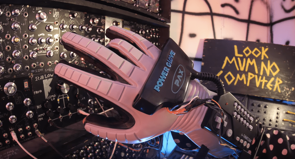 Mad genius builds a robotic arm to control a synth with a Nintendo Power Glove