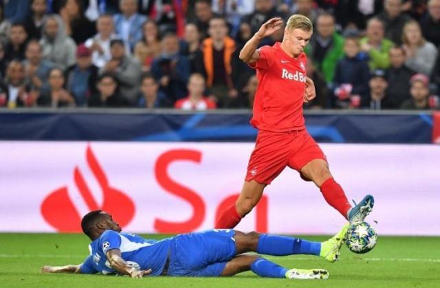 Penyerang muda FC Salzburg, Erling Haaland. [JOE KLAMAR / AFP]