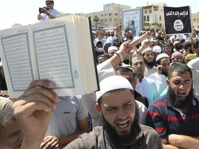 REUTERS/Muhammad Hamed, File