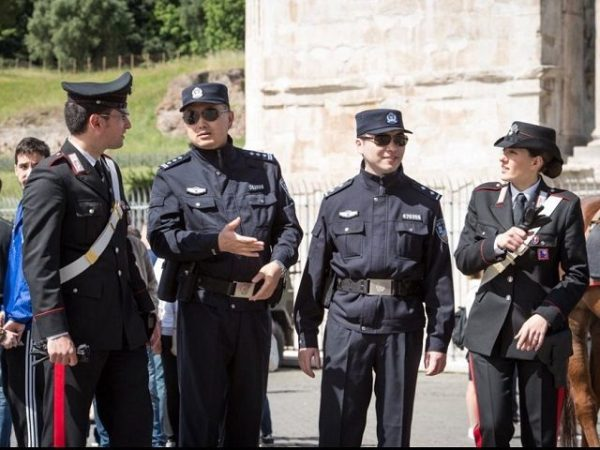Italy Invites Chinese Police to Help Patrol Streets
