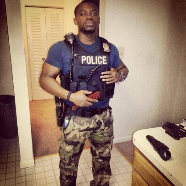 Black Cop Explodes 'Black Lives Matter,' Racist Police Myths