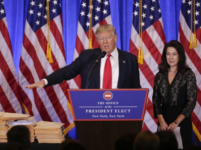 Trump ethics policy conflicts of interest (Seth Wenig / Associated Press)