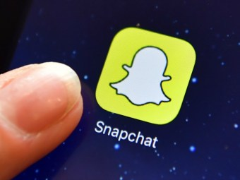 Snap...Crackle...Drop! Snapchat Shares Plunge 25% After Earnings Fail to Pop - Breitbart