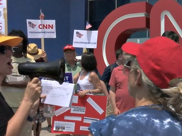 https://i1.wp.com/media.breitbart.com/media/2017/07/CNN-Protesters-640x480.jpg