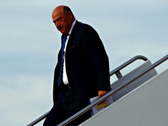 JP Morgan CEO: No Disaster If Gary Cohn Goes | Breitbart