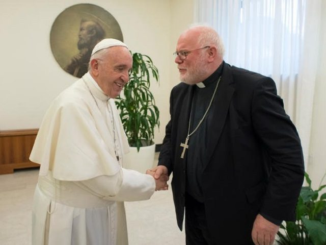 https://i1.wp.com/media.breitbart.com/media/2017/10/Pope-and-Marx-640x480.jpg