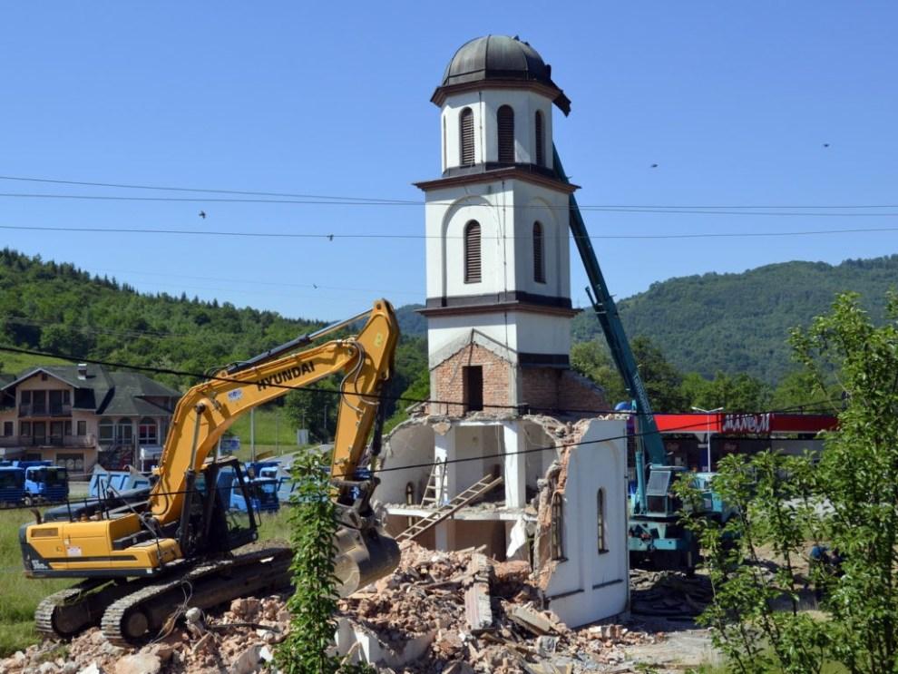 , PICS: Bosnian Authorities Demolish Orthodox Church on Muslim Woman's Land, Nzuchi Times Breitbart