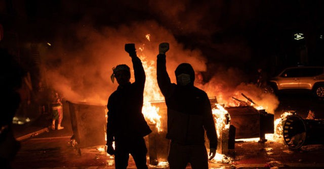 , Poll: Majority Disagree with Left's Description of 2020's 'Mostly Peaceful Protests': They Were 'Riots', Nzuchi Times Breitbart