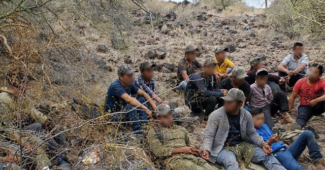 , Adult Migrant Apprehensions in Arizona Border Sector Jump 290 Percent, Nzuchi Times Breitbart
