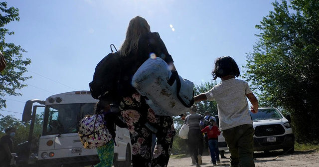 , AP: Border Agents Encounter Record Number of Venezuelans Likely to Stay, Nzuchi Times Breitbart