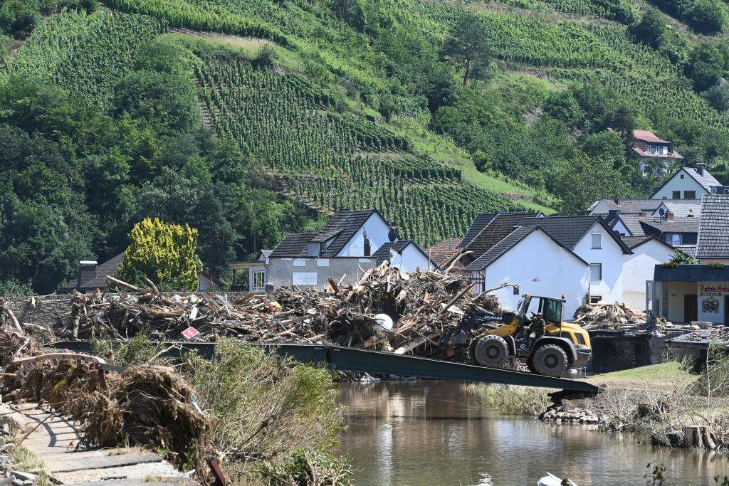 , Germany Warns Flood-Struck Regions: More Rain on the Way at Weekend, Nzuchi Times Breitbart