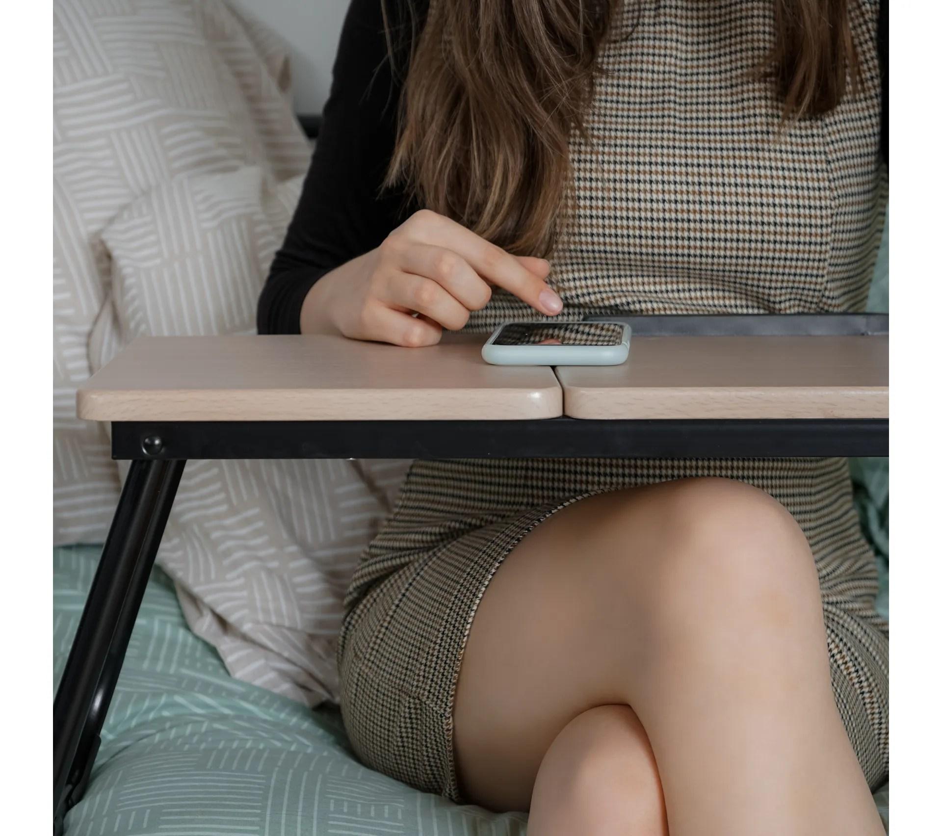 console pour ordinateur portable ajustable et pliable bois clair et noir