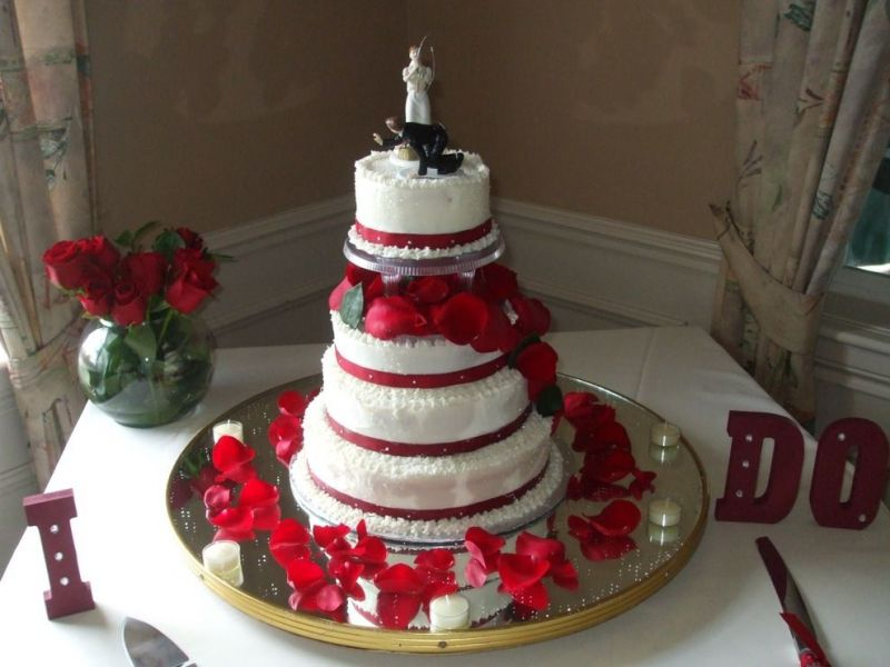 kingdom royal wedding  Red And White Wedding Cakes Red And White Wedding Cakes