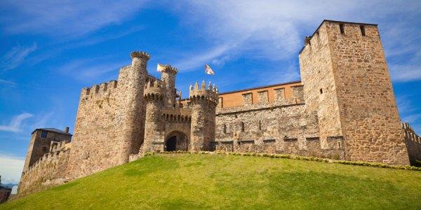Visit The Templars Castle in Ponferrada Caminowayscom