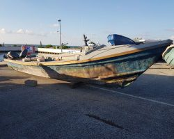 Jamaican drug canoe, Cayman News Service