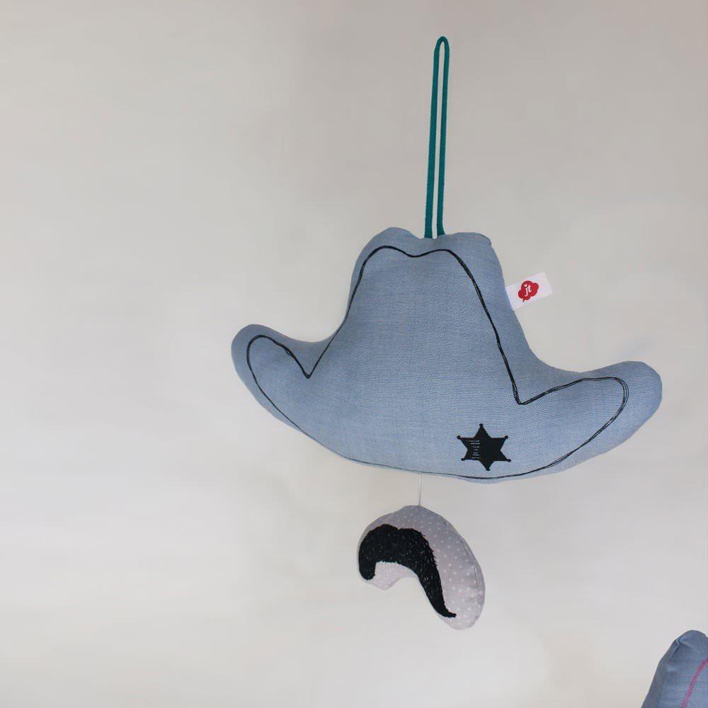 Jouet mobile musical - Cowboy Johnny Noir de Jäll & Tofta : 35.00€ sur DesignfromParis.com