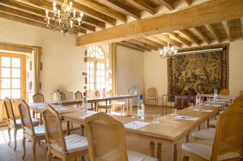découvrir le château de Cesny-aux-Vignes pour un séjour