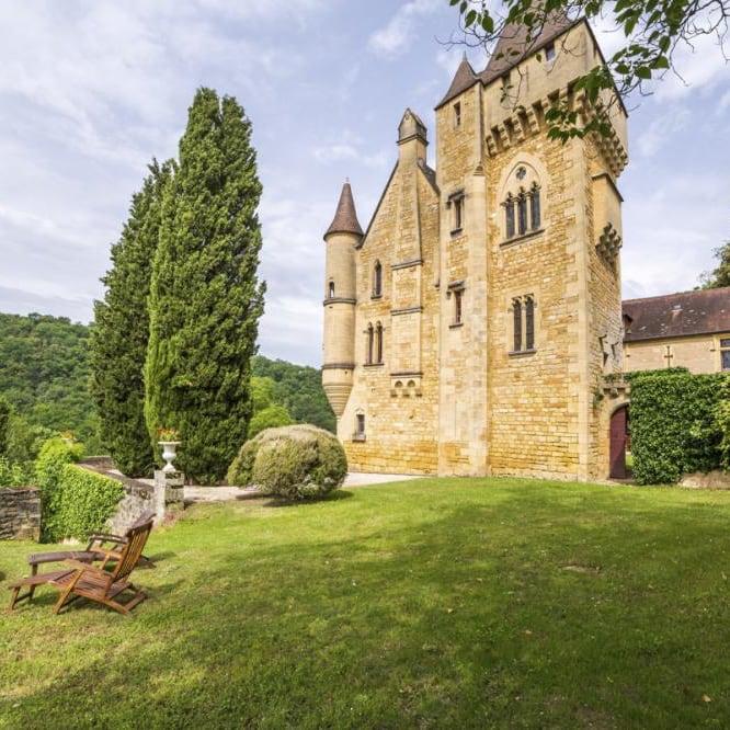 Découvrez l'histoire du chateau de roufillac côté ancien couvent