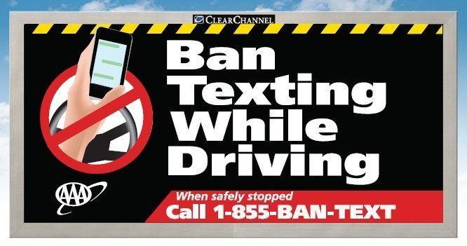 https://i1.wp.com/media.cleveland.com/roadrant_impact/photo/ban-texting-sign2jpg-32da4249afe8db29.jpg