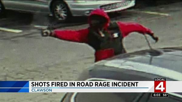 VIDEO: Shot fired during road rage incident in bar parking ...