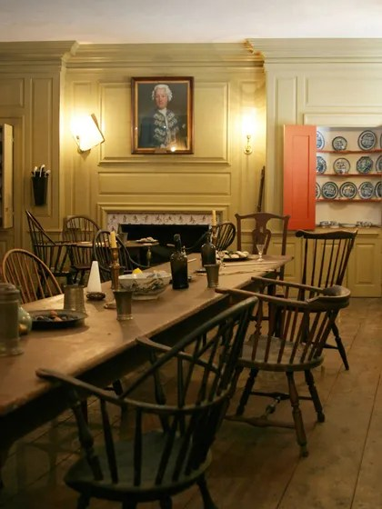 Fraunces Tavern City Tavern Best Revolutionary Era Pubs