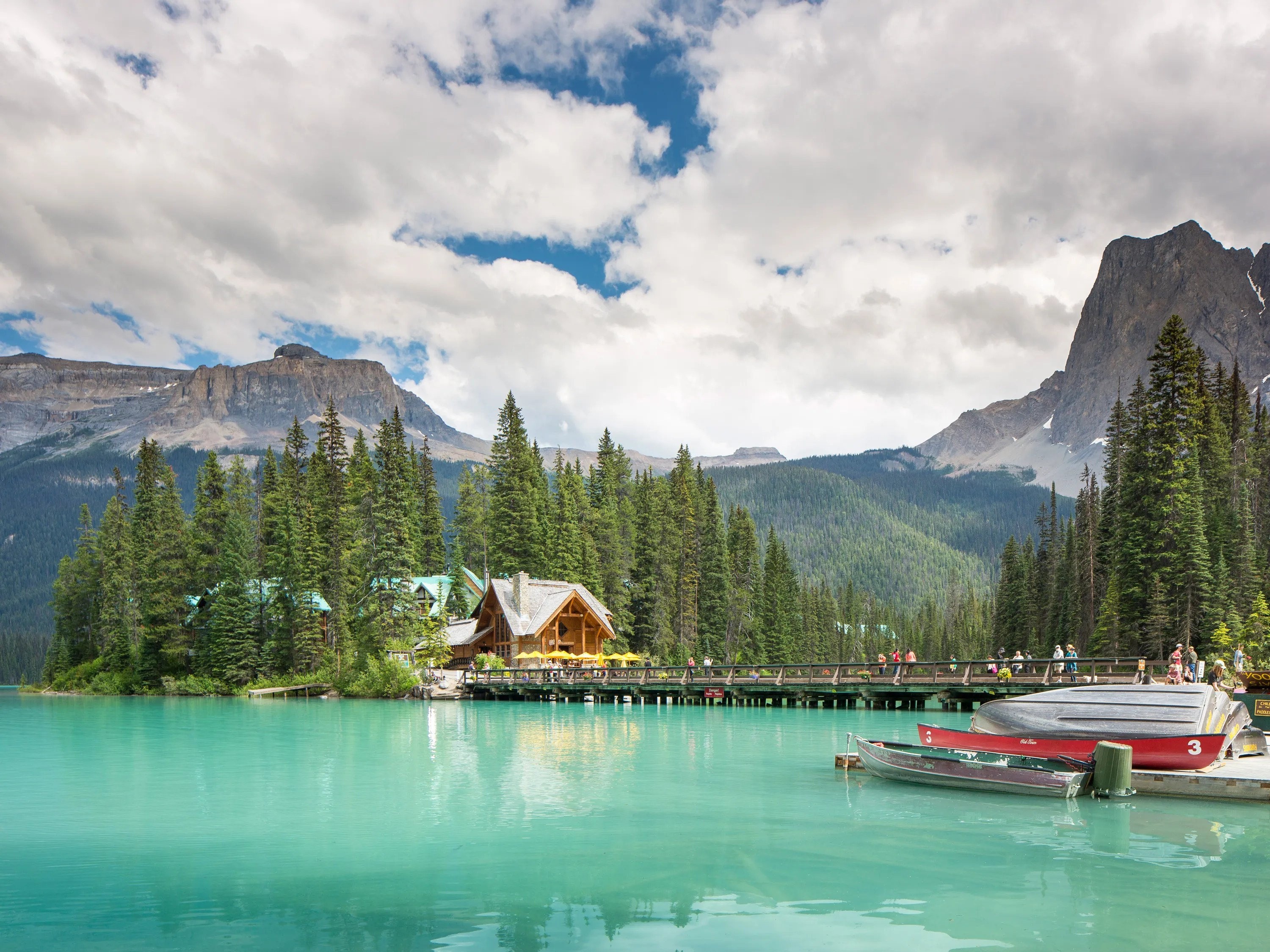 10 Most Beautiful Lakeside Hotels In The World