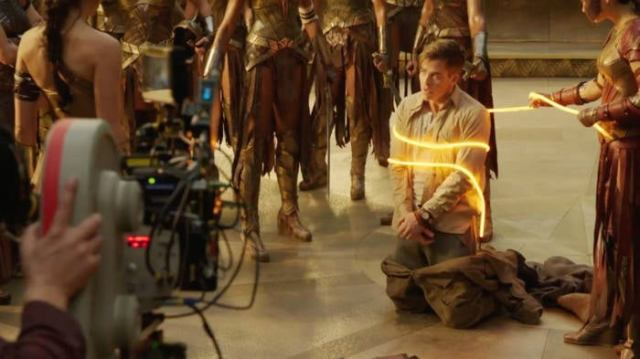 wonder woman lasso of truth practical effect