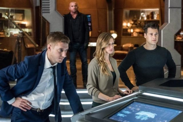 legends of tomorrow 03x13 9