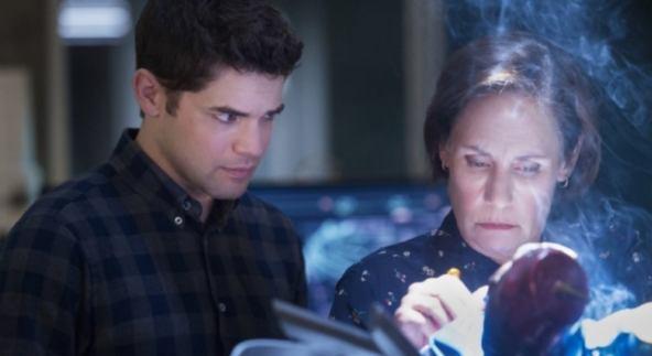 MARY MCGOWAN (Supergirl) ile ilgili görsel sonucu