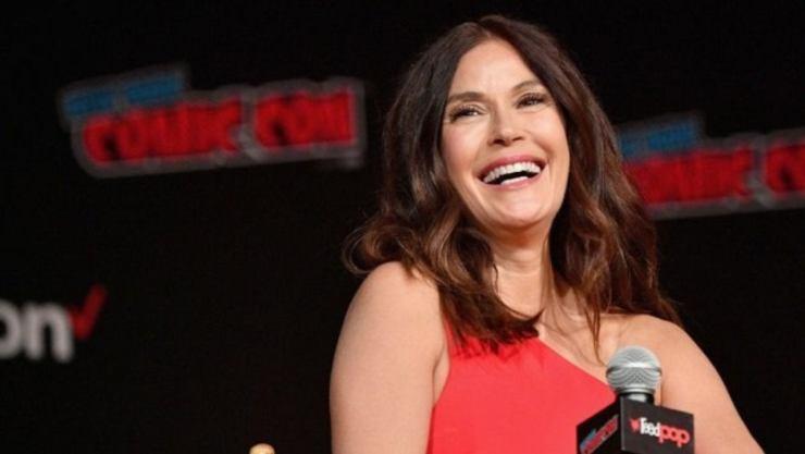 Lois & Clark | Atores fazem campanha na Comic Con por retorno da série