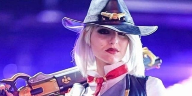 This Overwatch Ashe Cosplay Will Have You Signing Up For