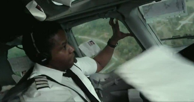 Denzel Washinton and Robert Zemeckis take FLIGHT in this first trailer! 4