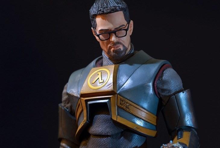 Gordon Freeman returns…as a massive statue 4