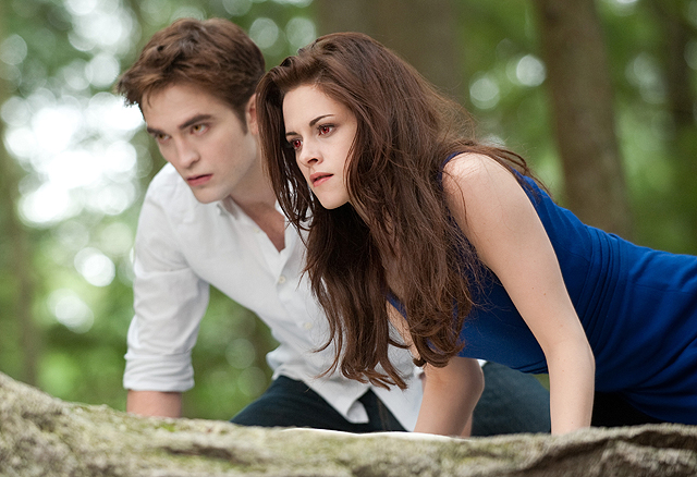 Kristen Stewart to play Princess Diana in new biopic Spencer 3