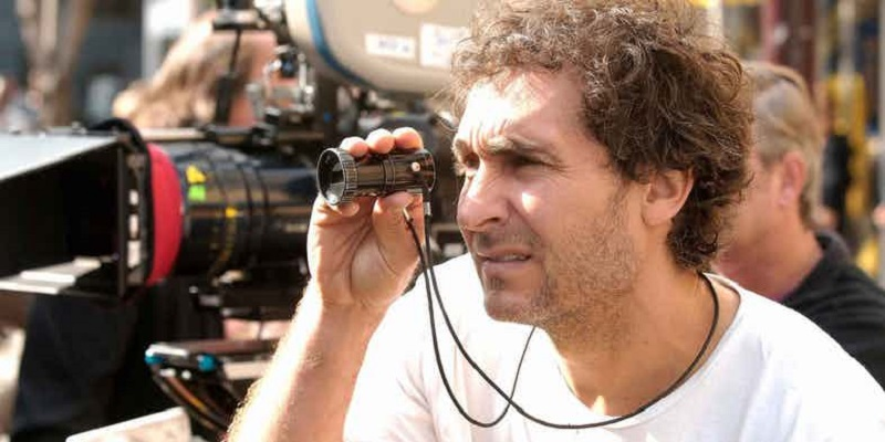 Doug Liman set to write and direct Tom Cruise's crazy ambitious space movie 4