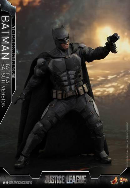 JL Tatctical Batman (10)