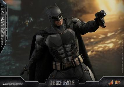 JL Tatctical Batman (14)