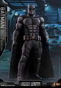 JL Tatctical Batman (5)