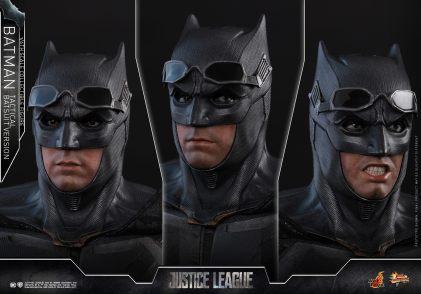 JL Tatctical Batman (7)