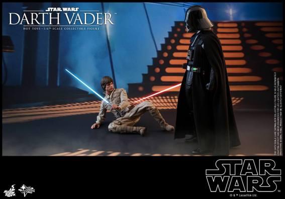 Hot Toys Darth Vader (20)