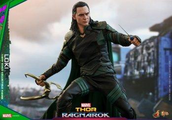 Hot Toys Loki (18)